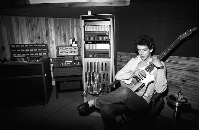 lou-reed-looking-down-holding-guitar-in-recording-studio-new-york-city-1977