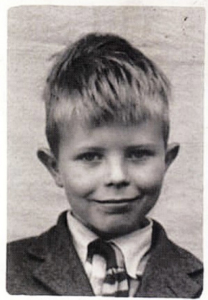A young Bowie. Photo Credit: Huffington Post