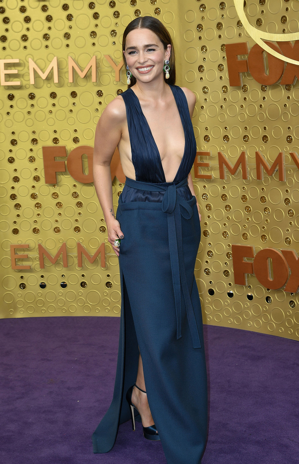 Phoebe Louis Dreyfus: 2019 Emmy Awards: Fashion Trends And Favourite Looks